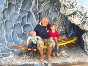 Aussie Surfing Legend Scott Dillion with Tilly and Mish - Oct 2009